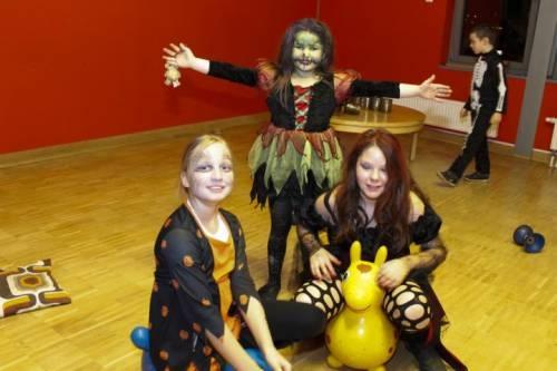 2012 11 Halloween Party03