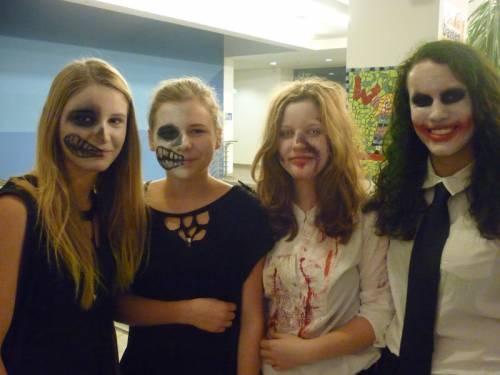 2012 11 Halloween Party04