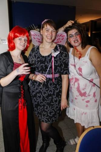 2012 11 Halloween Party14
