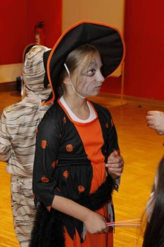 2012 11 Halloween Party18