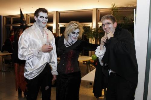 2012 11 Halloween Party20