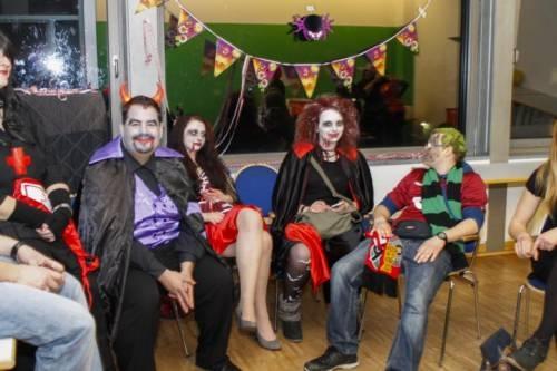 2012 11 Halloween Party24